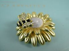 Gorgeous unusual and cute Bumble Bee on Flower brooch.