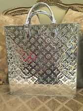 Louis Vuitton Silver Mirroir Sac Plat