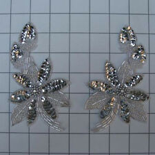 SEQUIN BEADED FLOWER PAIR APPLIQUES 2466-M
