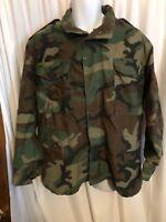 Vintage US Army Men's 1982 Cold Weather Field Camouflage M65 Jacket M Unworn DLA