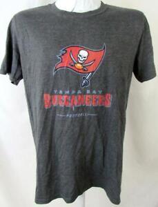 "Tampa Bay Buccaneers Men Medium Short Sleeve ""TEAM LOCKUP"" T-shirt ATPA 150"