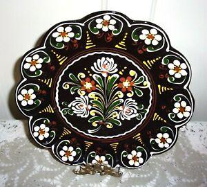 Folk Art Black Lacquer Enameled Dutch Tulip and Daisy 11 Inch Wall Plate