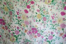 Chiffon 100% Seide, designer italienischer Seidenchiffon, Blumen 135 cm breit