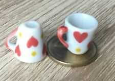 1:12 Scale 2 White Ceramic Tapered Mugs With Heart Motif Tumdee Dolls House W113