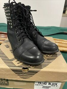 Womens ROC Boots Size 8