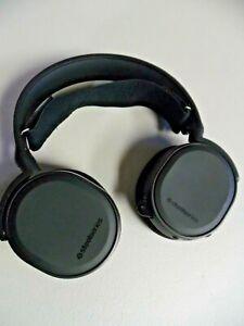 Steelseries Arctis 3 Wired Gaming Headphones Headset in Black