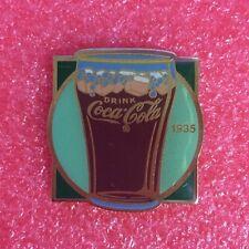 pins THE COCA COLA COMPANY 1935 centenaire 1985 Wilkins Marketing