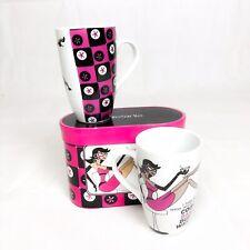 Retro 2pc Large Mug Set In Matching Box. Pink And Black