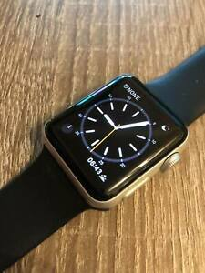 Apple Watch Series 3 38mm Silber Aluminium Gehäuse GPS