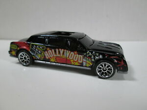 HOLLYWOOD CALIFORNIA  LIMOUSINE LOOSE 1/64 DIE-CAST  MATCHBOX