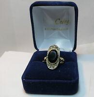 Jolie bague ancienne en or 18K. /  ring in 18 carat.
