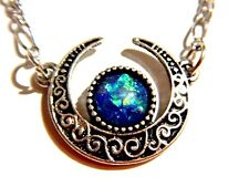 Crescent moon Blue Dragon Breath stone pendant necklace wiccan pagan lunar Q5