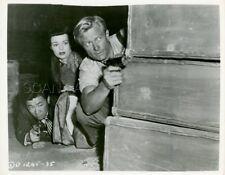 BEN ASTAR RICHARD DENNING NANCY GATES TARGET HONG KONG 1953 5 PHOTOS ORIGINAL