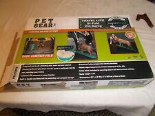 New listing Pet Gear Bi-Fold Pet Ramp 200 lb Limit
