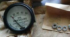 VTG NOS w Box US Military Oil Pressure Gauge Consolidated Diesel Amer Std 1966