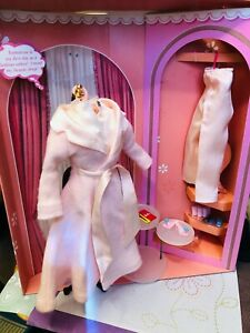 Barbie Vintage REPRO SLEEPYTIME GAL Ensemble COMPLETE W/ Curlers & all the perks