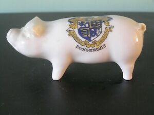 """A CRESTED CHINA PIG: BOURNEMOUTH CREST: 4"""" LONG: VERY GOOD CONDITION"""