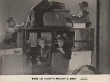 Photo originale Gérard Philipe Marcelle Arnold automobile valise police