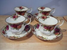 4 Royal Albert Old Country Roses Teacup Cups & Saucers