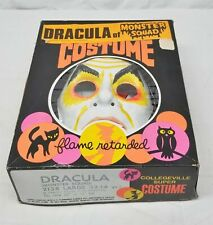 DRACULA MONSTER SQUAD COSTUME COLLEGIVELLE 1976 - EXCELLENT CONDITION.