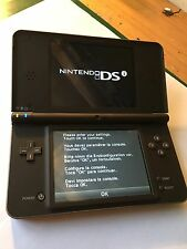 NINTENDO DSI XL HANDHELD CONSOLE DARK BROWN with extras and games B730