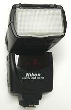 NIKON SPEEDLIGHT SB-700 SHOE MOUNT ELECTRONIC FLASH