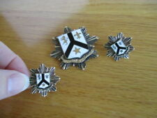 Pro Patria Et Unitas For Country and Unity Gold Toned Pin Brooch and Earrings