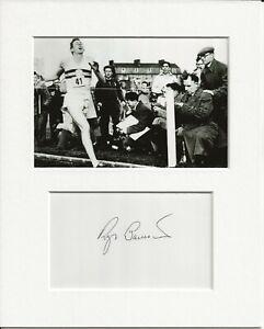 Roger Bannister four-minute mile genuine authentic autograph signature AFTAL COA