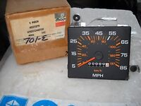 NOS MOPAR 1981 PLYMOUTH RELIANCE DODGE ARIES SPEEDOMETER 4051379