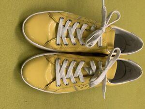 Rieker Gelbe Lack-Sneaker Gr.40
