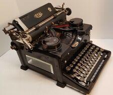 Antique/Vintage Royal Model 10 Typewriter w/Beveled Glass Sides
