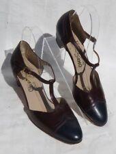 SALVATORE FERRAGAMO Navy Wine Leather T Strap Pumps Shoes size US 8 3A Narrow
