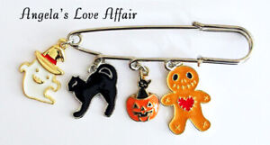 HALLOWEEN SPOOKY ENAMEL BLACK CAT 4 HANGING CHARMS SAFETY PIN BROOCH BADGE