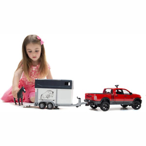 BRUDER RAM 2500 Power Wagon with horse trailer and horse 1:16