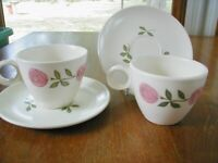 Vernon Ware by Metlox Rose a Day 2 Cups 2 Saucers Made USA Vtg Pink