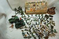VINTAGE PLASTIC ARMY MEN MIXED LOT WWII MARX BEACHHEAD ASSAULT SET US GERMAN d