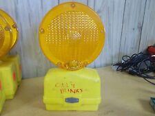 Amber Blinking Barrier Construction Road Lights (Hazard) Flex-O-Lite Signal Para