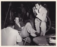 JOHN GARFIELD Director JOHN HUSTON Vintage 40s CANDID Studio Set FILM NOIR Photo