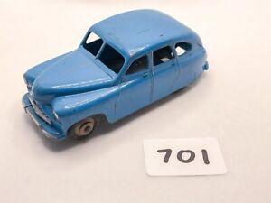 LOVELY VINTAGE DINKY TOYS #40E/153 STANDARD VANGUARD DIECAST CAR BLUE/FAWN 1954