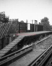 PHOTO  LMS HEATH PARK HALT RAILWAY STATION VIEW ON THE HEMEL HEMPSTEAD BRANCH IN