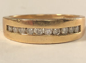 handsome 14kt yellow gold mens diamond band ring size 9.25