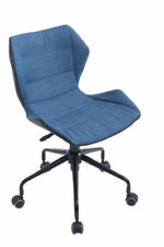 Chaises bleu en métal pour le bureau