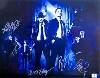 Gotham Cast Signed 11X14 Photo McKenzie/Logue/Pertwee/Pinkett Smith +4 GV819658