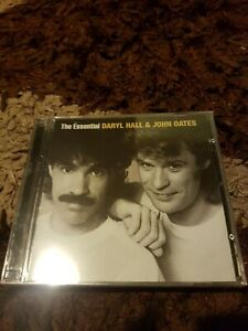 Daryl Hall & John Oates-The Essential