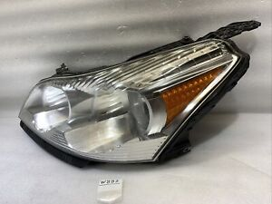 2009 2010 2011 2012 GM Chevrolet Traverse OEM Headlight Left Driver Halogen