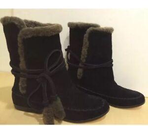 Cynthia Vincent Shearling Sheep Fur Short Flat Boots Suede Black 9 New