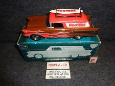 1957 CHEVY NOMAD 1/25 Liberty Classics Die Cast Surfboard HOOTERS RESTAURANT E