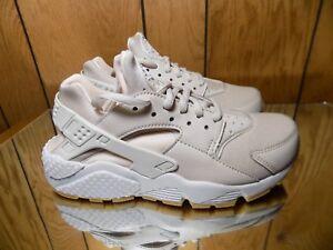 Nike Air Huarache Run (Desert Sand/White-Guava Ice) Shoes 634835-034 s 6 NEW