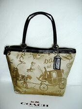 Coach-Horse Carriage #14482 Sateen- Patent-Leather-Pleated-  ~Elegant~