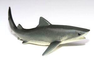 Realistic Detailed Hand Painted Tiger Shark Safari Plastic PVC Figure